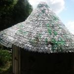 Conheça o telhado feito de… sete mil garrafas pet