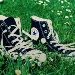 Sabia que dá para reciclar calçados velhos (e transformá-los até em pistas de corrida)? Veja como!