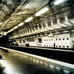 Metrô francês gera energia com passos dos passageiros