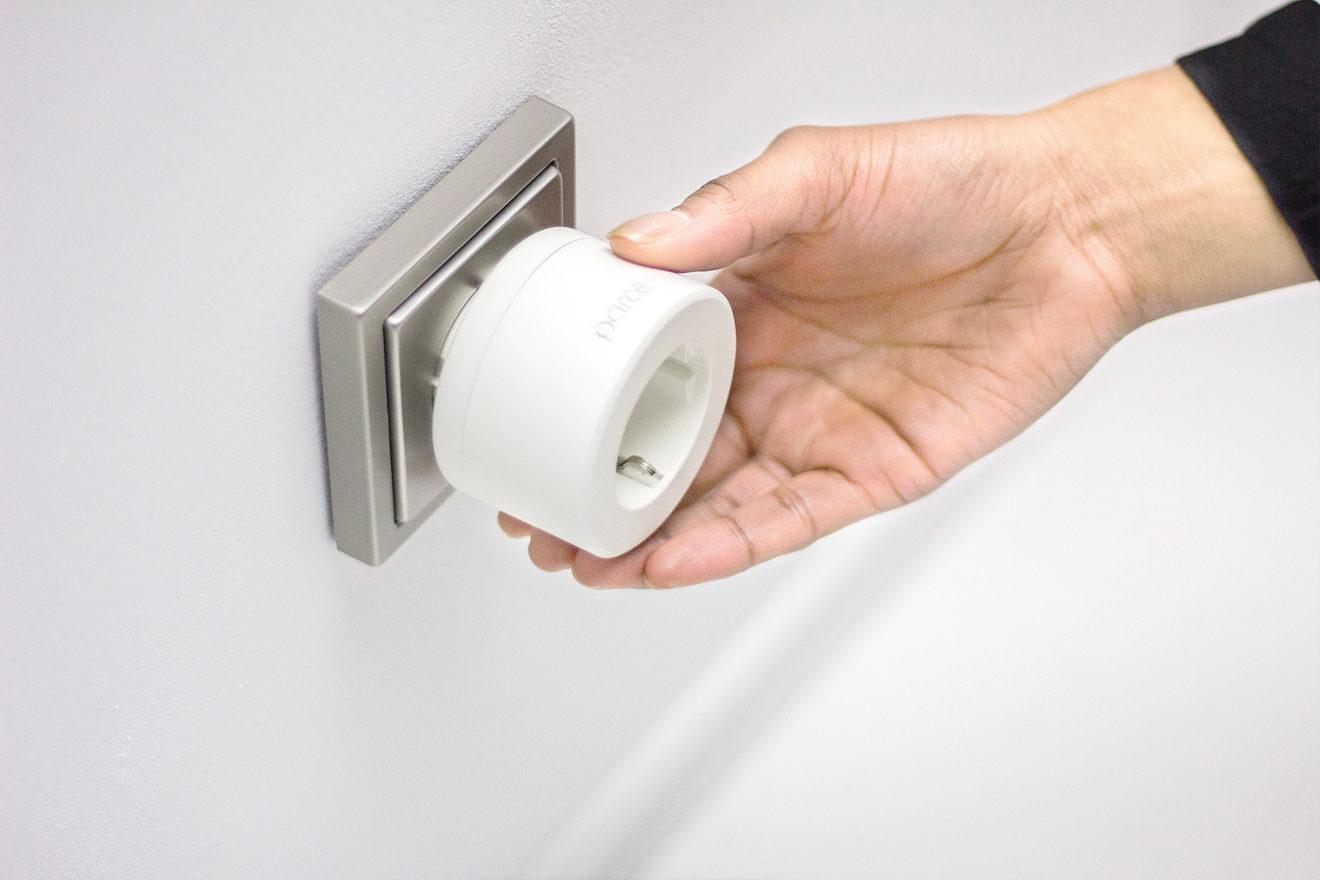 O dispositivo de tomada que ajuda a reduzir o consumo de energia em casa