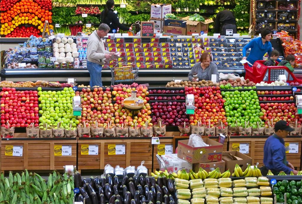 Sacolinhas são cobradas em supermercados de SP