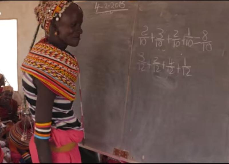 Mulheres no Quênia voltam a estudar graças a escola móvel. Veja vídeo!