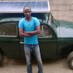 Nigeriano cria fusca elétrico movido a energia solar e eólica