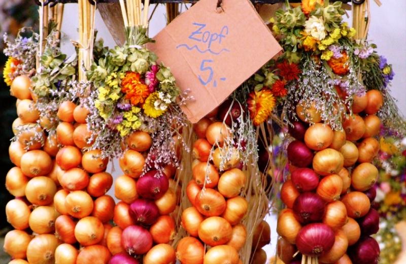Cebola é um santo remédio! Conheça 7 tratamentos naturais que usam o alimento