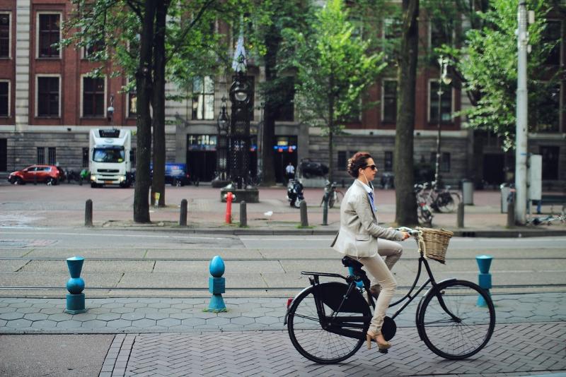 Milão quer pagar cidadãos que vão trabalhar de bike