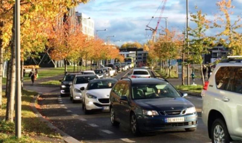A primeira capital do mundo a proibir TOTALMENTE o uso de carros nas ruas