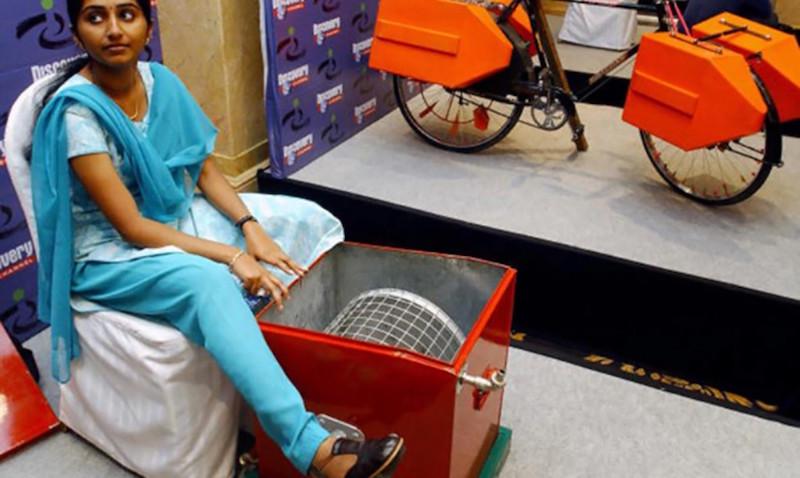 Indiana de 14 anos transforma bicicleta em máquina de lavar roupas para ajudar a família