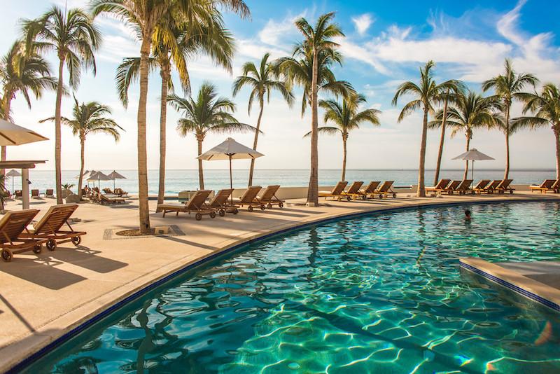Empresa paga viagem de férias dos funcionários para que sejam mais felizes (e negócios prosperam)