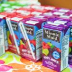 Escola no Canadá proíbe que alunos consumam sucos de caixinha na hora do lanche por conta do excesso de açúcar