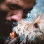 O abrigo para animais abandonados do RJ que será cuidado por moradores em situação de rua que também possuem bichinhos