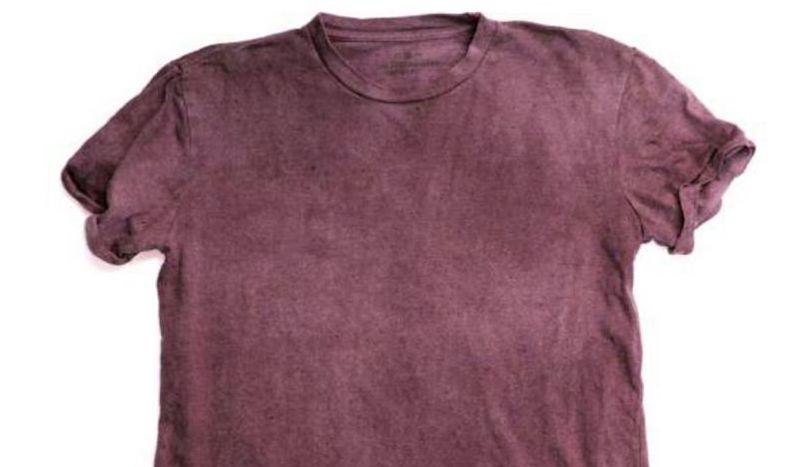 A camiseta que muda de cor e denuncia qualidade do ar em tempo real