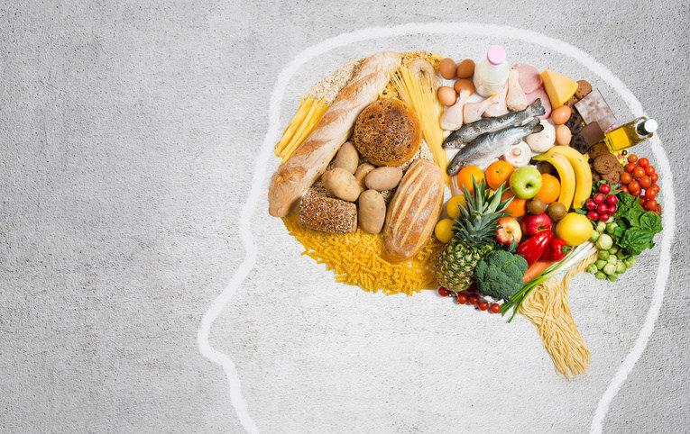 1 em cada 3 casos de demência pode ser prevenido com dietas saudáveis, aponta estudo. Conheça quais!