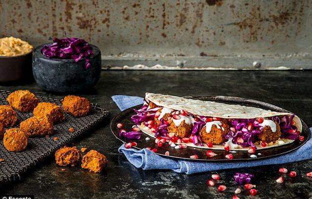 Farinha de verme moído, barrinha de grilo crocante… Alimentos feitos à base de insetos fazem sucesso na Suíça