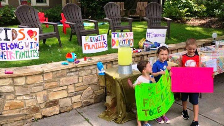 Menino de 6 anos arrecada R$ 50 mil para ajudar crianças imigrantes que foram separadas dos pais