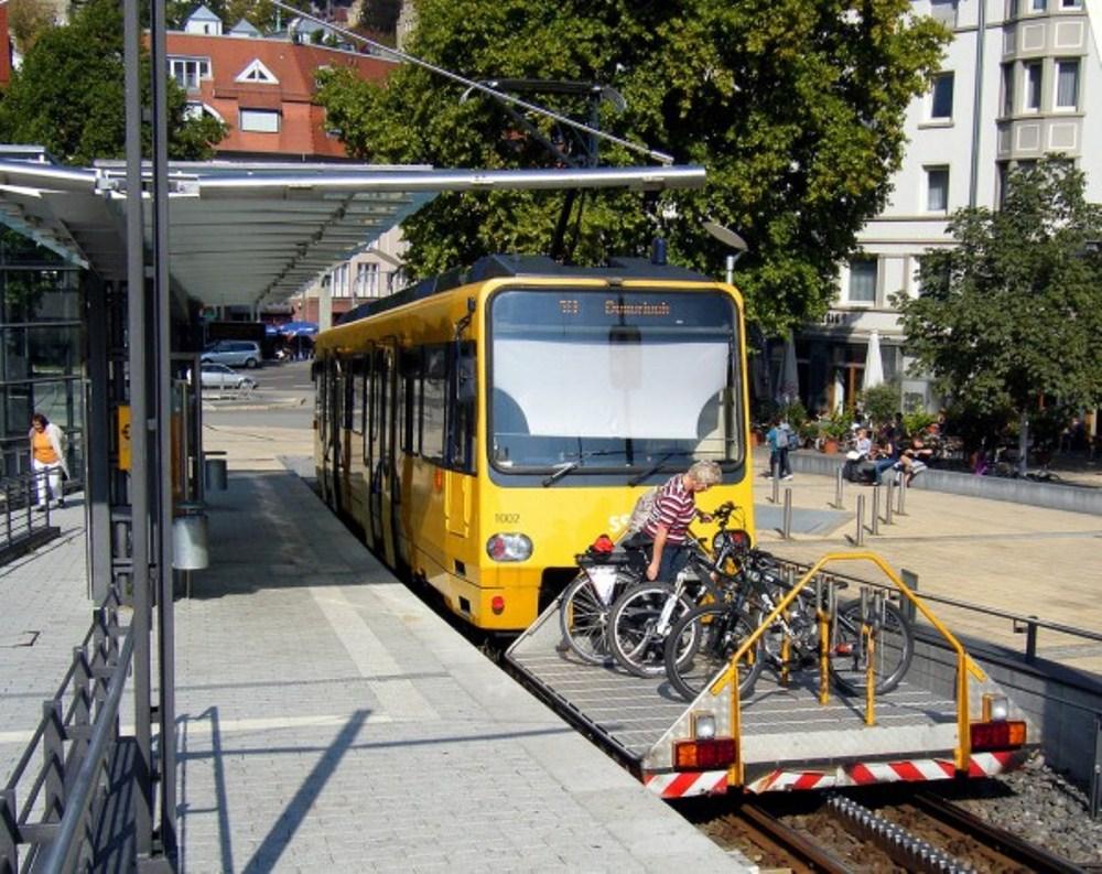 Cidade na Alemanha ganha vagão de trem exclusivo para bikes