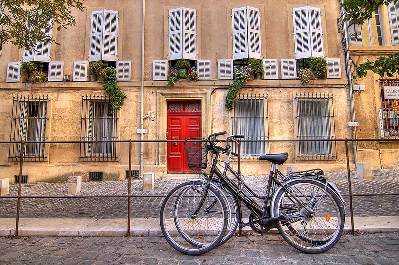 Programa do governo da França dá dinheiro para cidadãos que pedalam até o trabalho