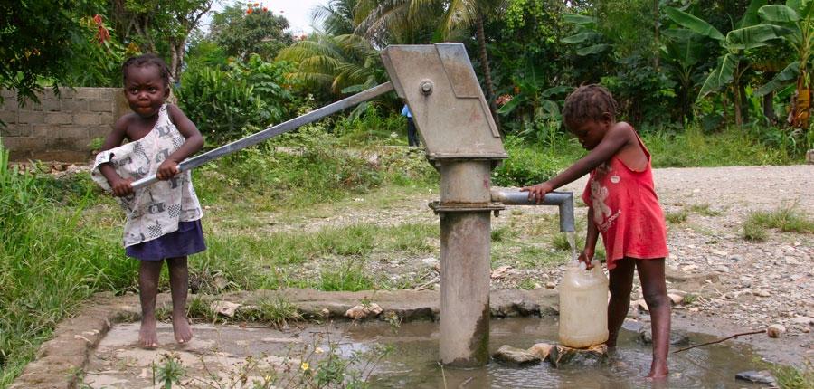 A cada 21 segundos uma criança morre por falta de água potável