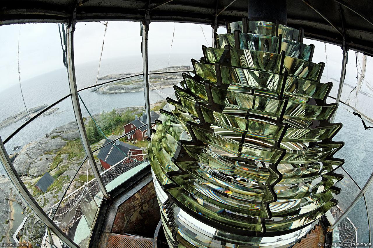 Os faróis que aumentam em até 20 vezes a produção de energia solar