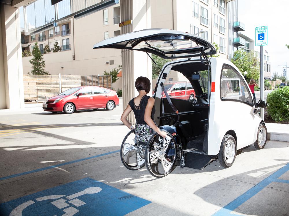 Conheça Kenguru, o carro elétrico para cadeirantes