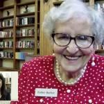 Jovens treinam inglês com idosos de asilos dos EUA