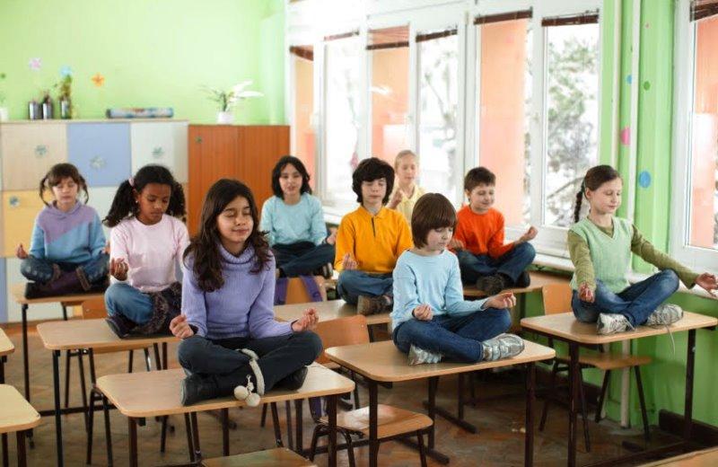 5 razões para incluir meditação no currículo das escolas