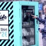 Máquina vende camisetas (feitas por escravos) por 2€