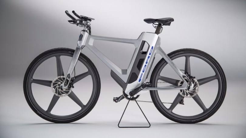 A bicicleta que avisa quando há buracos pelo caminho