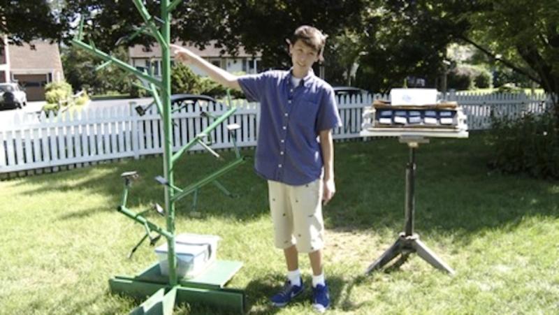 Menino de 13 anos descobre forma mais eficiente de captar energia solar