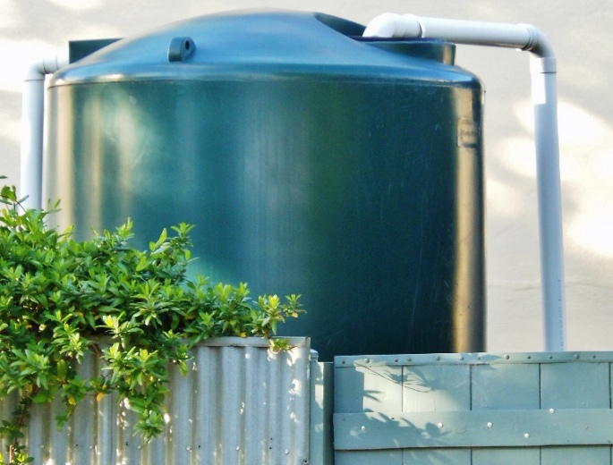 Prédios do Brasil todo podem ser obrigados a ter sistema de captação de água da chuva
