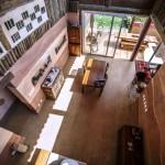 FOTOS: conheça o interior de uma casa feita de barro