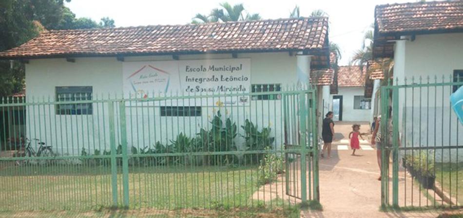 Prefeito troca festa de Réveillon por reforma de duas escolas no Tocantins