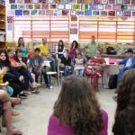 Plataforma conecta voluntários a escolas públicas que precisam de ajuda