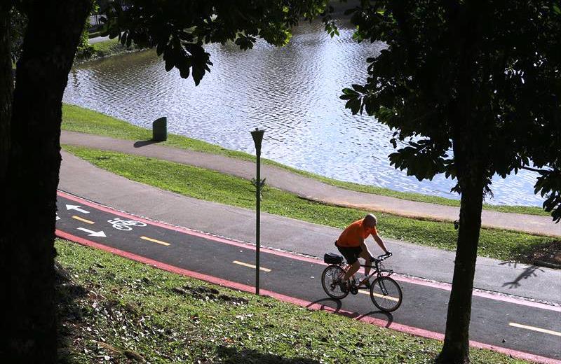 Curitiba tem primeira ciclovia do Brasil que produz energia solar