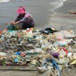 Viu lixo jogado em praias? Bota a boca no trombone! Aplicativo reúne denúncias