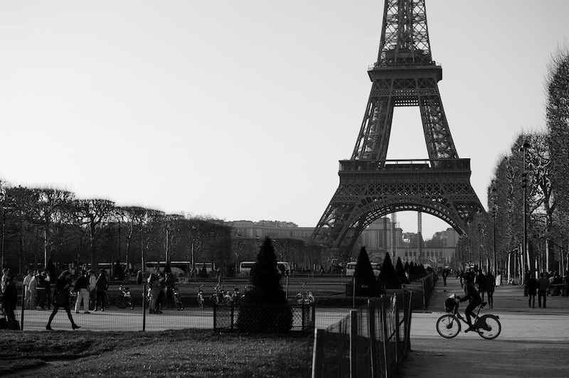 Paris inaugura 1ª ciclovia e até 2020 promete ter ciclofaixa que atravessa toda a cidade