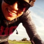 A brasileira que trocou o ônibus pela bike e já economizou R$ 4,2 mil em 2 anos