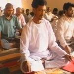 Como a meditação reabilitou os presidiários que vivem na mais populosa e violenta prisão da Índia