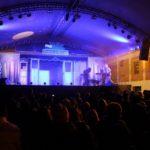 Companhia de teatro utiliza energia solar para levar cultura a regiões remotas do Brasil