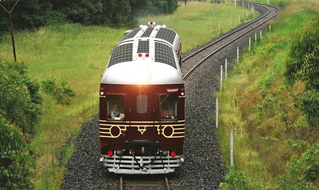 Transporte público sustentável: conheça o primeiro trem do mundo 100% movido a energia solar