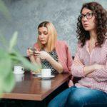 Conheça o restaurante que oferece refeições gratuitas a famílias que banirem os celulares na hora da refeição