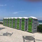 Carnaval Sustentável: Banheiros químicos do circuito Barra da Tijuca transformam resíduos em frutas orgânicas