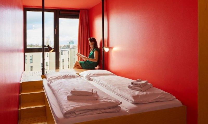 Conheça o Hostel construído a partir de contêineres reutilizados