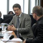 Ministro do Meio Ambiente brasileiro questiona contribuição humana no aquecimento global