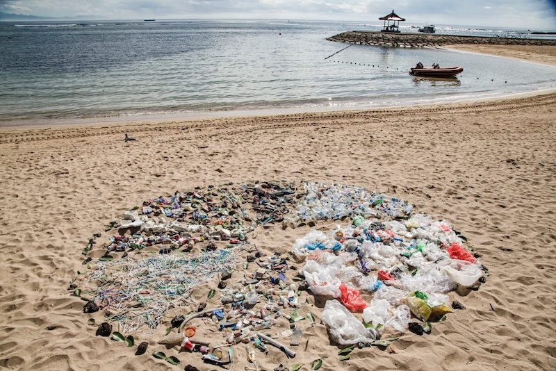 ONU abre inscrições para limpeza voluntária de praias, rios e parques no Brasil. Participe!