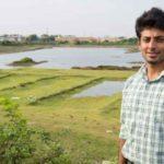 O homem que largou seu emprego no Google para criar ONG que já limpou mais de 90 rios na Índia