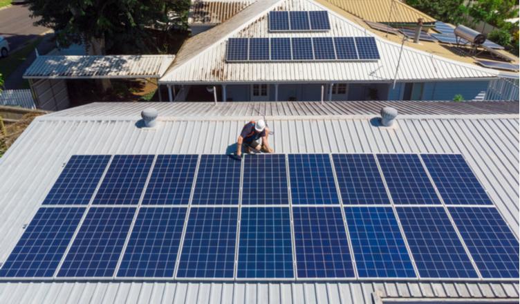 Telhados solares ainda crescem no Brasil apesar da crise do coronavírus