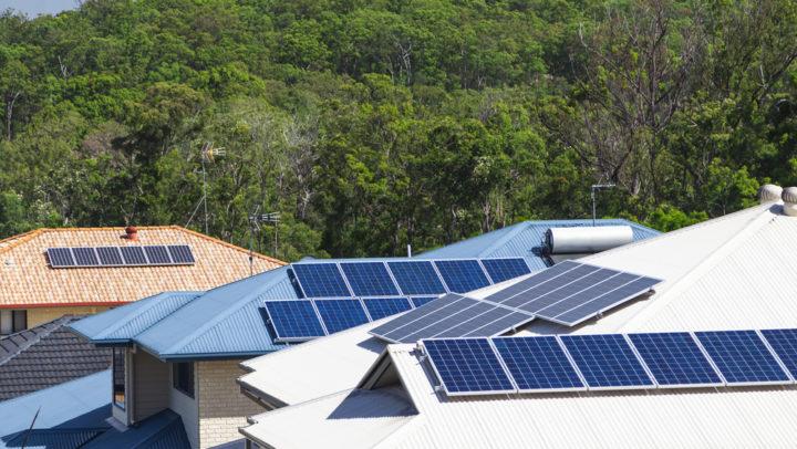 Brasil atinge 4,3 GW de energia solar distribuída em 2020 e pode dobrar capacidade em 2021